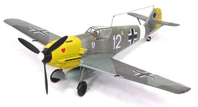 21st Century Ultimate Soldier Series 1 - 1:18 Messerschmitt ME-109E-4 - White 12
